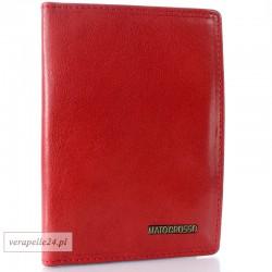 Czerwone etui na dokumenty, karty płatnicze, dowód rejestracyjny