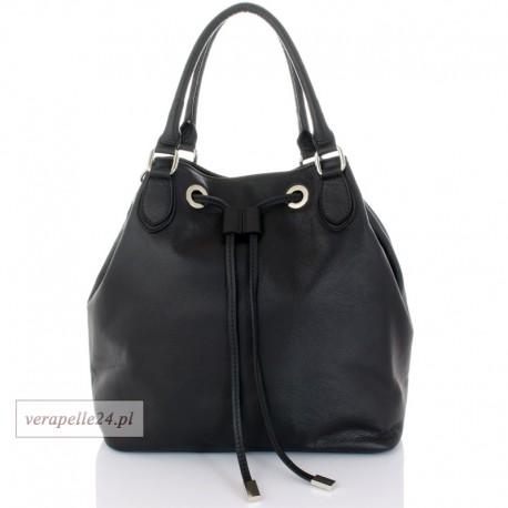 Duża damska torebka worek w kolorze czarnym